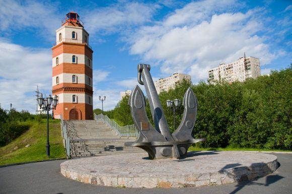 Мемориал «Погибшим в мирное время морякам»