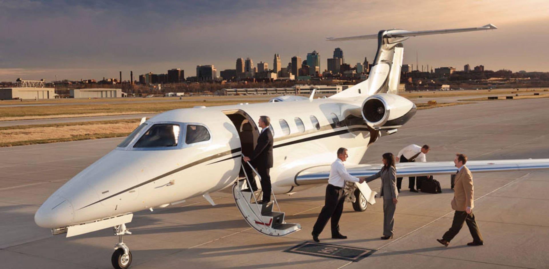 Jet-Sharing самолета