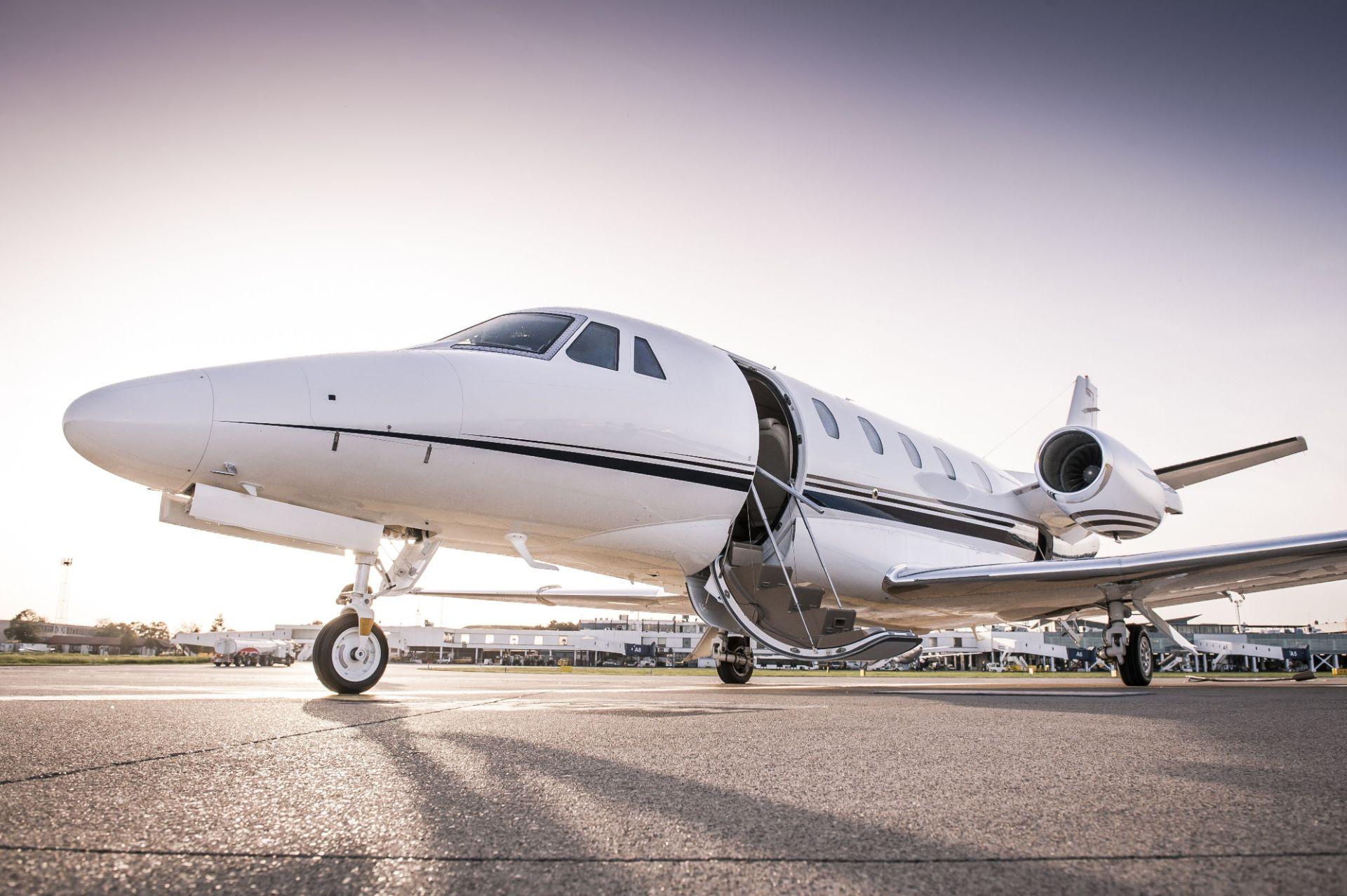 Частный самолет на продажу