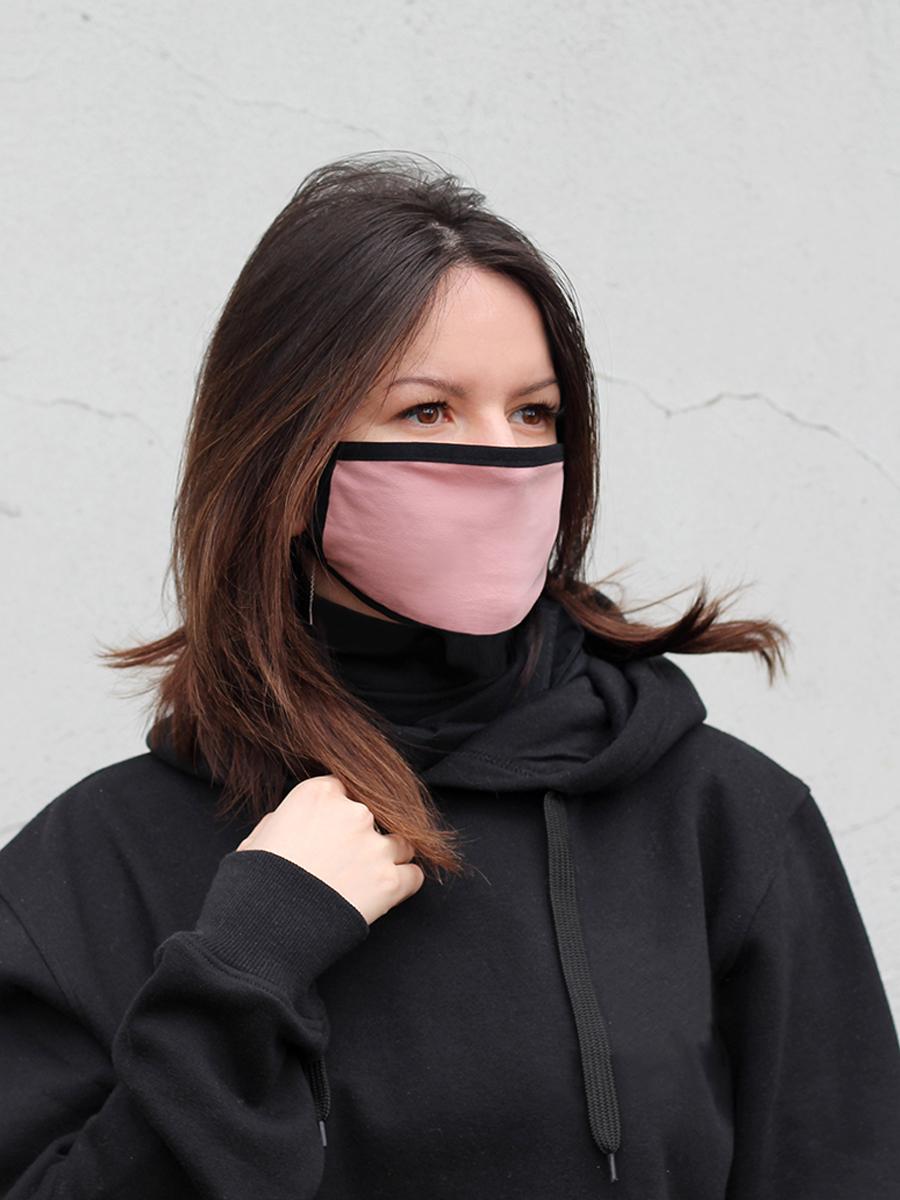 Маска тканевая, розовая с черным кантом