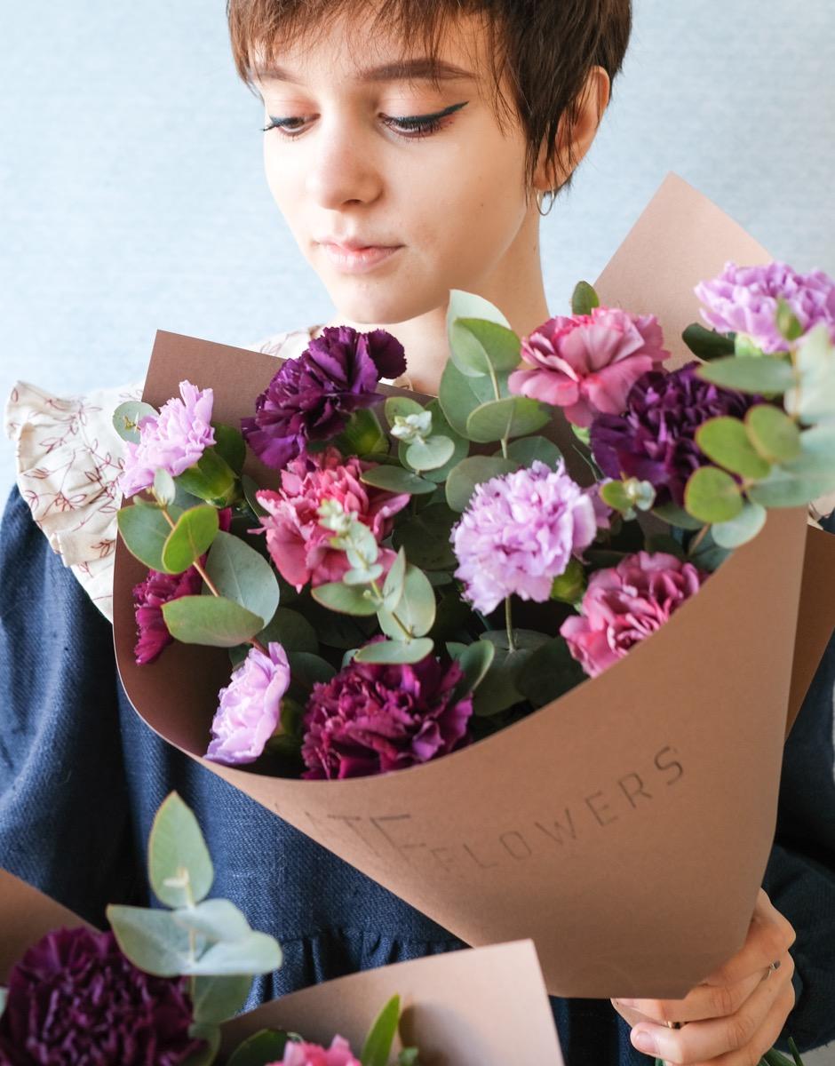 Букет #4 от  от MATE Flowers