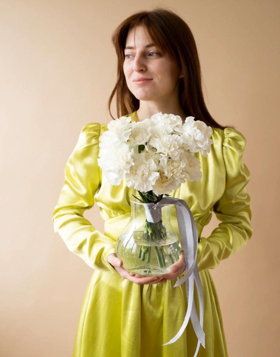 картинка Букет невесты из диантусов от магазина Одежда+
