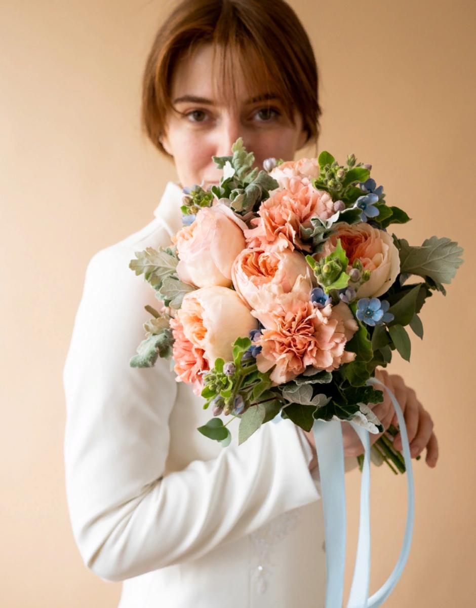картинка Букет невесты с джульеттой от магазина Одежда+