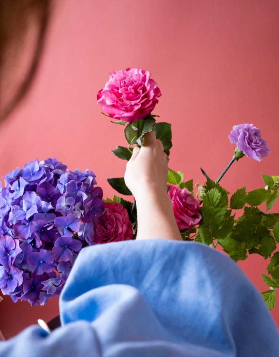 Цветочный бокс с гортензией от магазина Mate flowers