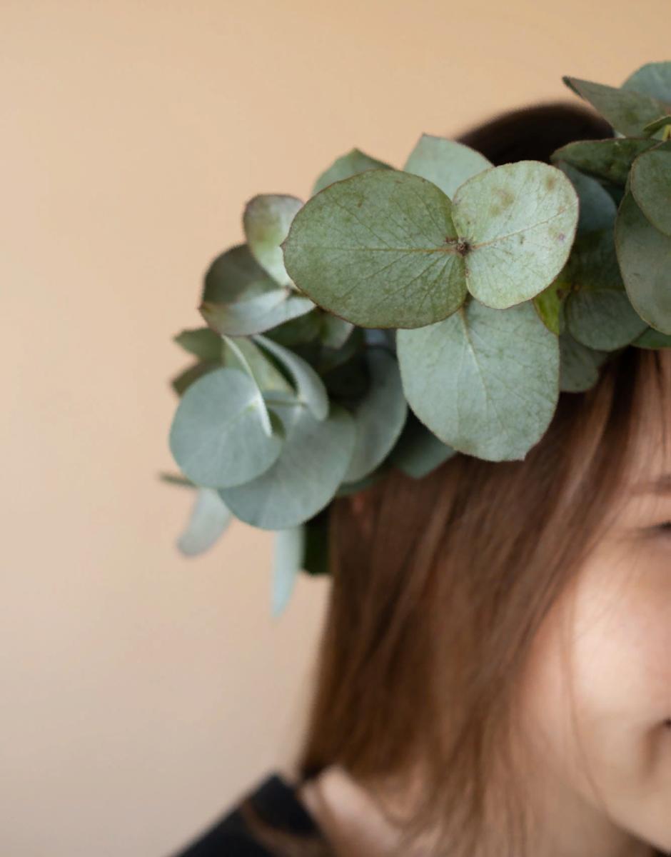 картинка Венок на голову из эвкалипта от магазина Одежда+
