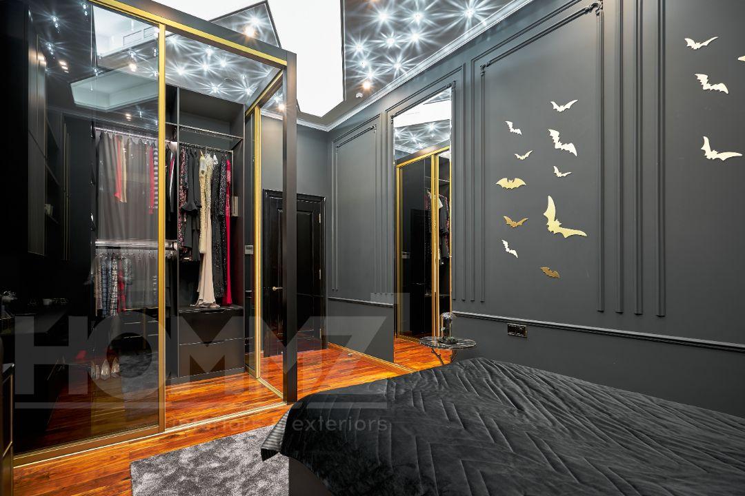 Алые паруса, черная спальня