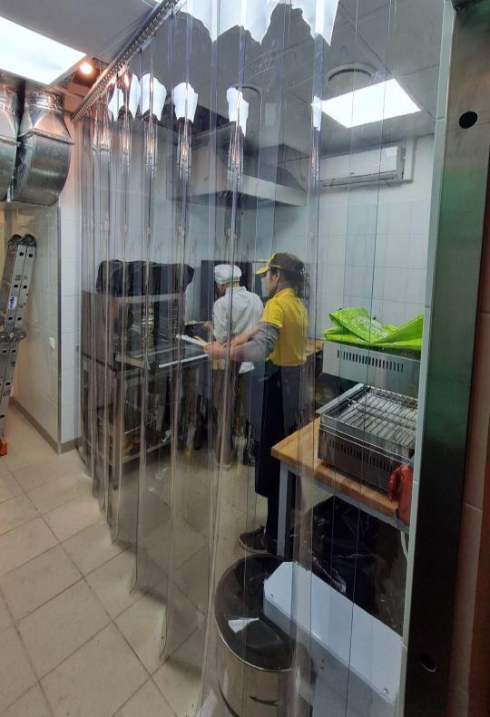 полосовые завесы на пищевом производстве