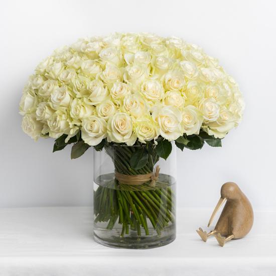 Белая роза 101 штука