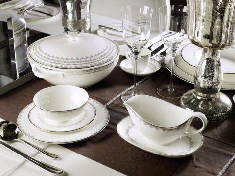 Посуда для сервировки из фарфора и фаянса