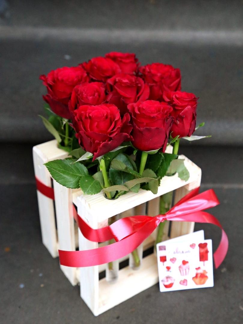 Каретка с розами Normal