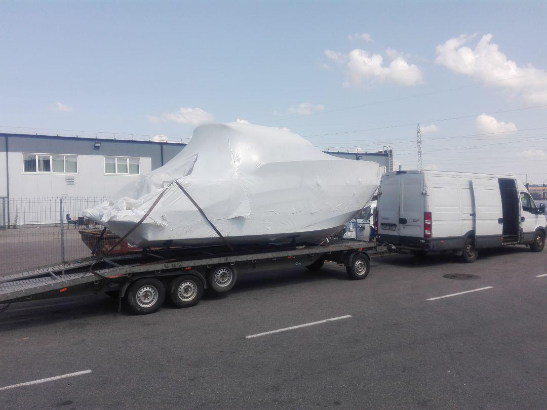 Доставка лодки из Европы