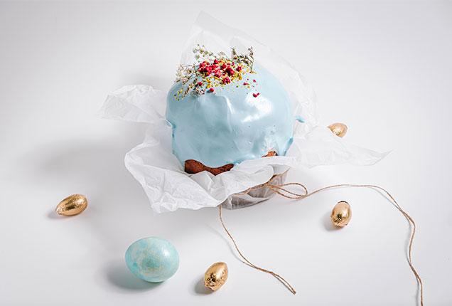 Кулич пасхальный сдобный с изюмом и цукатами, декор Прованс, 570 грамм