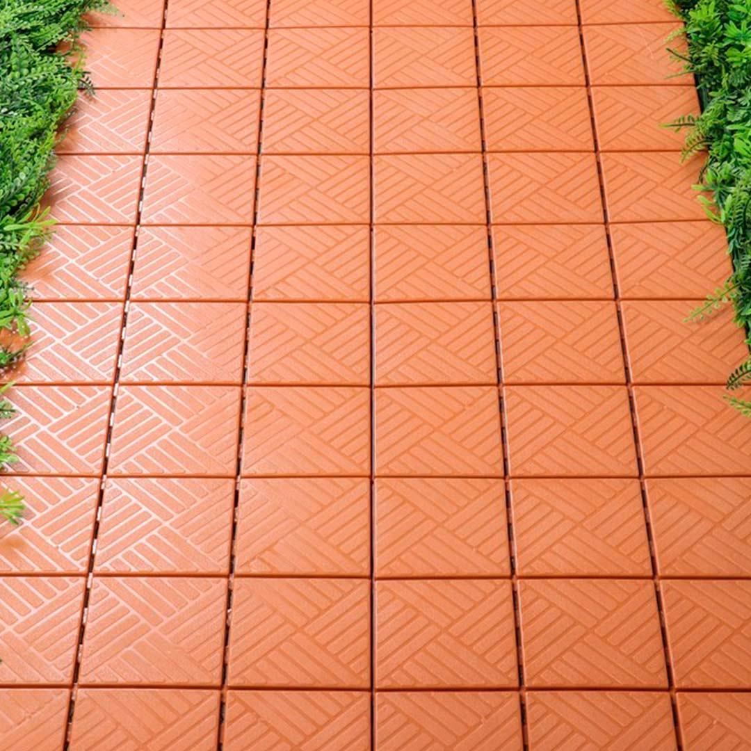 Пластиковая уличная садовая плитка. Модуль, 300x300 мм коричневая.