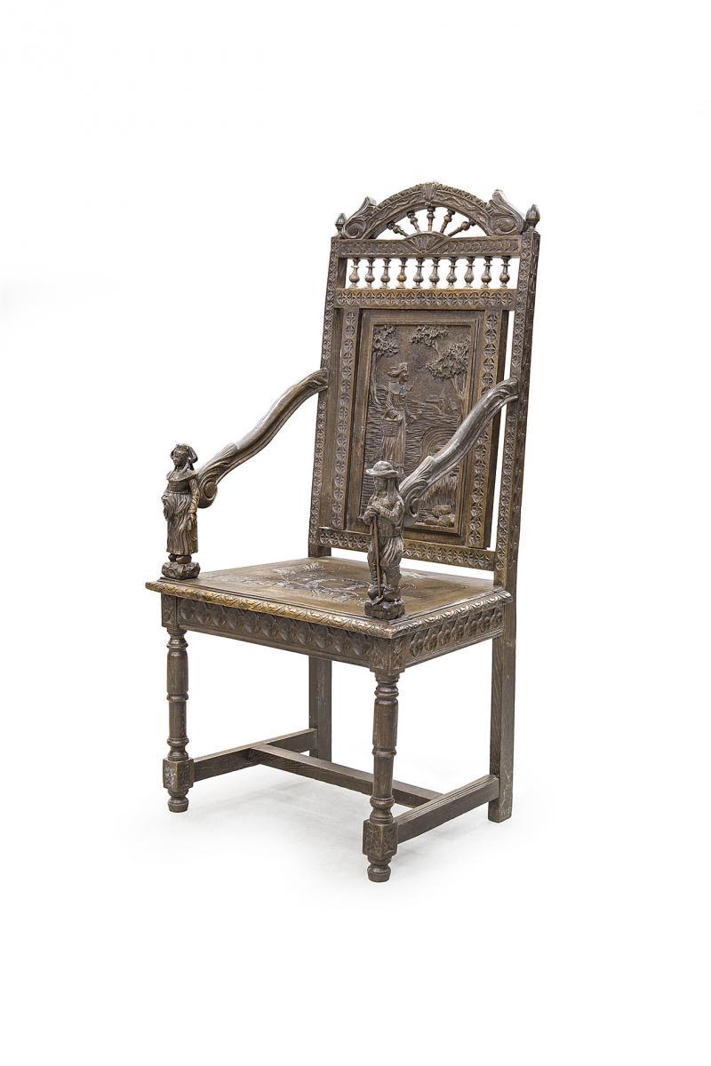 картинка Антикварное резное кресло в бретонском стиле от магазина Одежда+