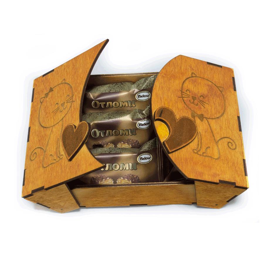 """картинка Шкатулка подарочная с двумя крышками """"Коты"""", 120x160x70 мм, арт. Ф00003 - подарки и декор из дерева - подереву.рф"""