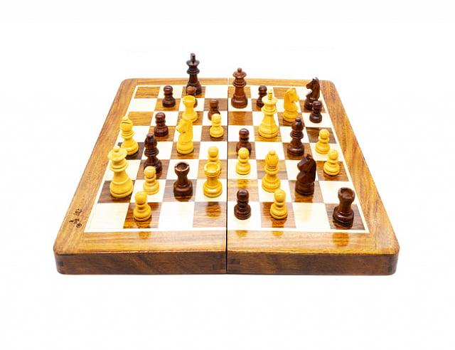 YuSheng Складные деревянные шахматы (S)