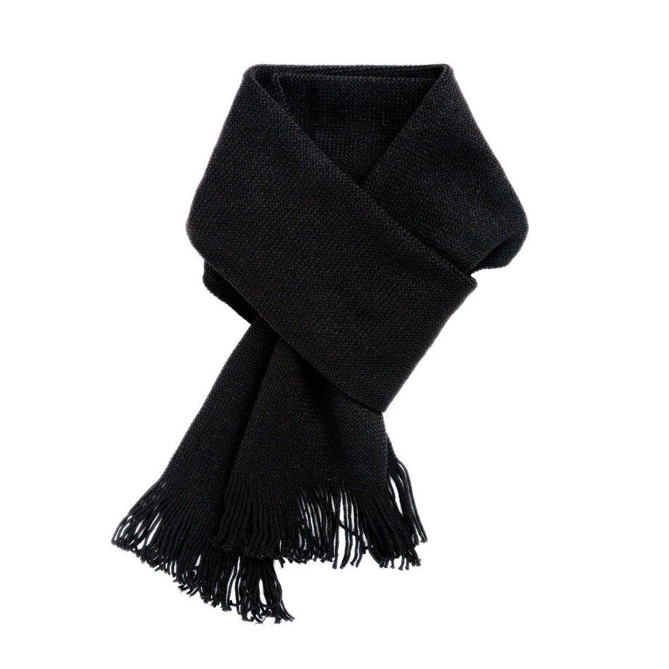 предметная фотосъемка аксессуаров шарфа