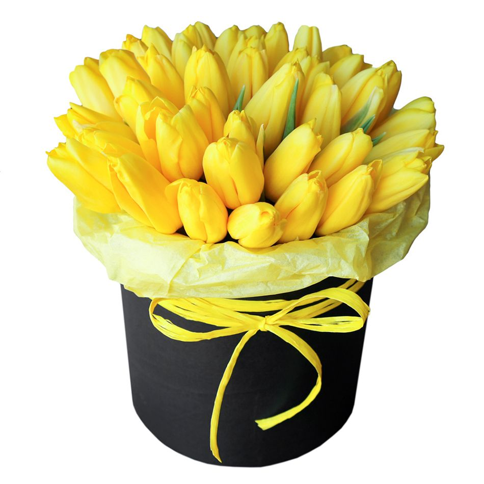 Фотосъемка желтых тюльпанов в шляпной коробке