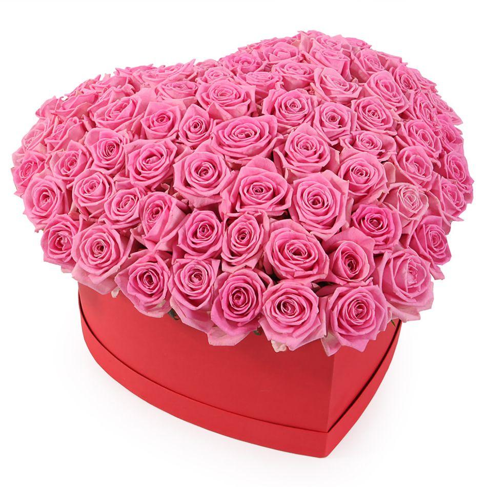 Фотосъемка роз в виде сердца розовый