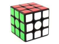 Съемка игрушки кубик-рубика в фотостудии