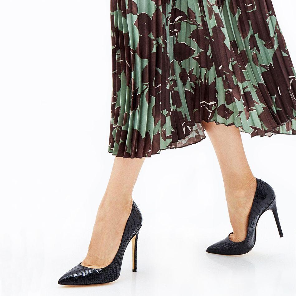 Съемка обуви на фотомодели туфли