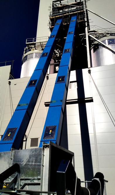 REMBE® взрыворазрядная панель EGV  на цепном транспортере на фабрике биомассы