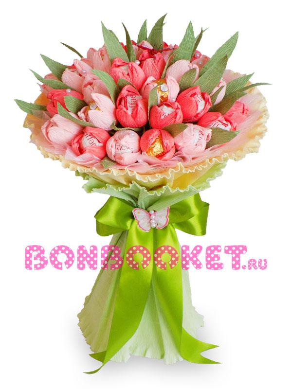 Букет из конфет Раффаэлло Тюльпаны