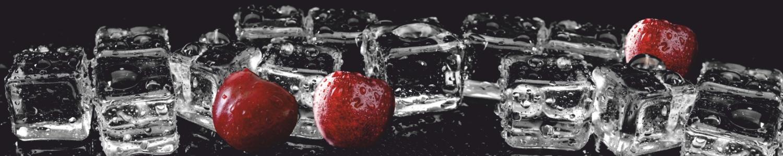"""картинка Фартук """"Лёд и вишня"""" от магазина Одежда+"""