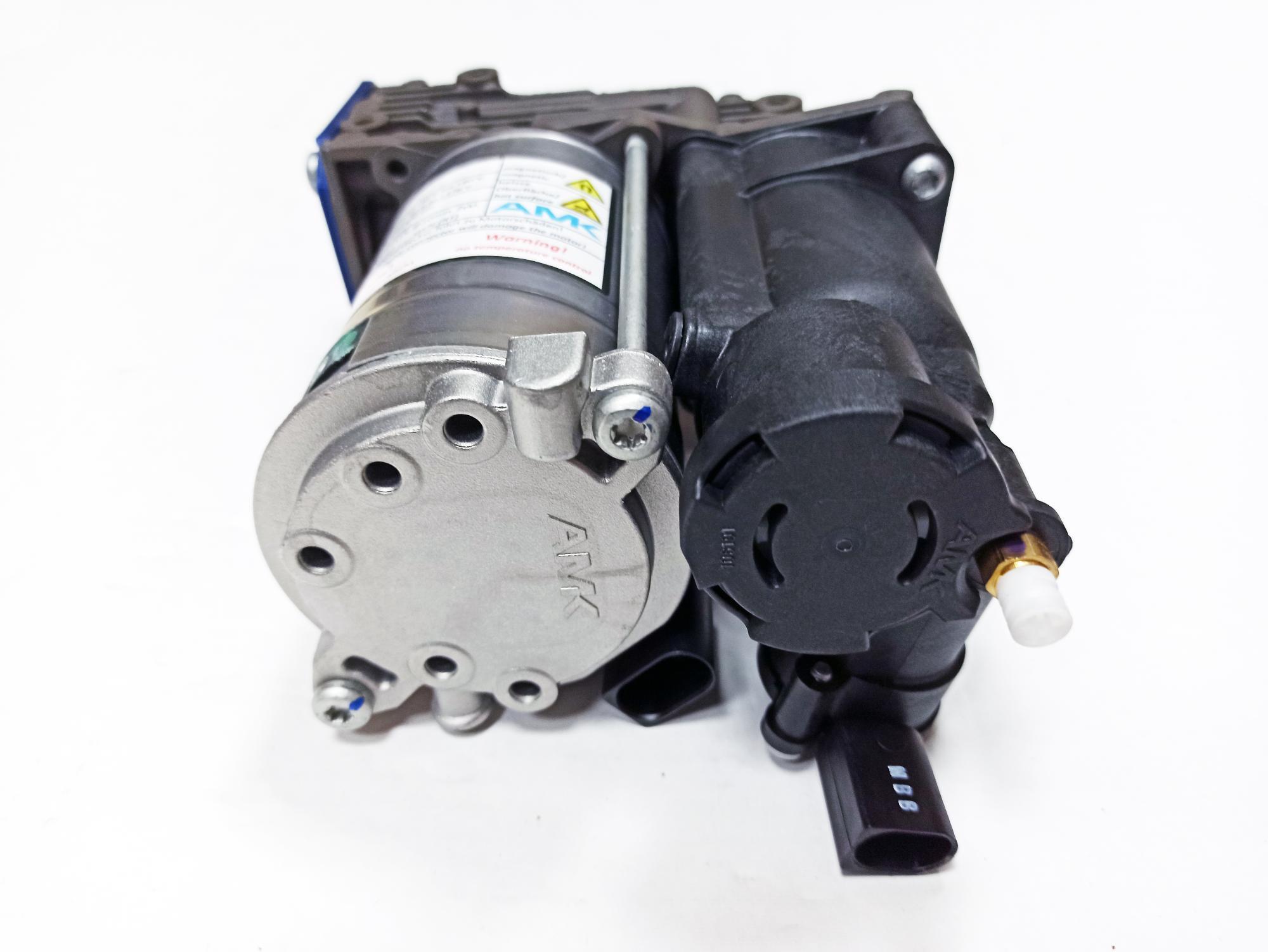 картинка Новый оригинальный компрессор пневмоподвески AMK A2018 для BMW X5 E70; X6 E71/E72 (37206859714) от магазина пневмоподвески ПневмоМаркет