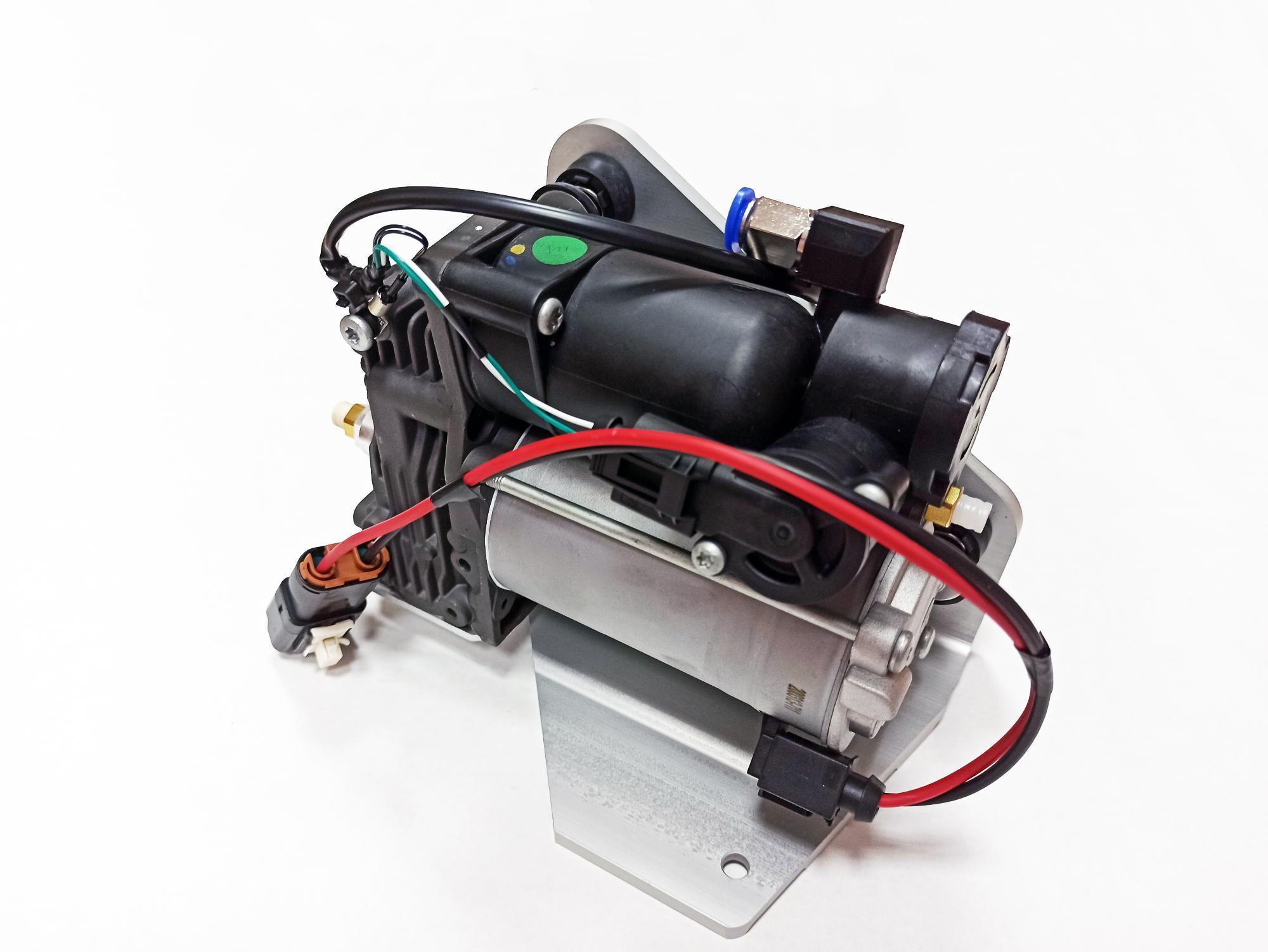 картинка Новый компрессор пневмоподвески Miessler Automotive - AMK type (LR072537) для Land Rover L319 Discovery 3 и 4 / L320 Range Rover Sport от магазина пневмоподвески ПневмоМаркет