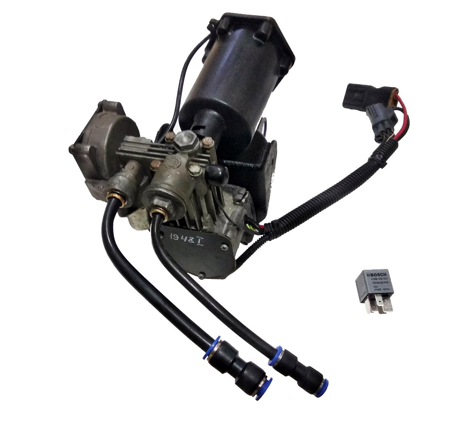 картинка Оригинальный восстановленный компрессор пневмоподвески Hitachi (LR061663, LR023964) для LAND ROVER Discovery 3 и 4 L319 / Range Rover Sport L320 от магазина пневмоподвески ПневмоМаркет