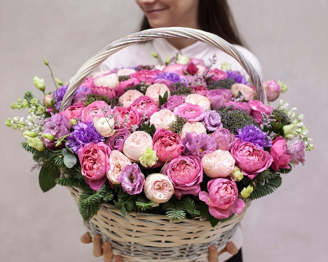 Каталог Корзина №7 от магазина доставки цветов в Волгограде