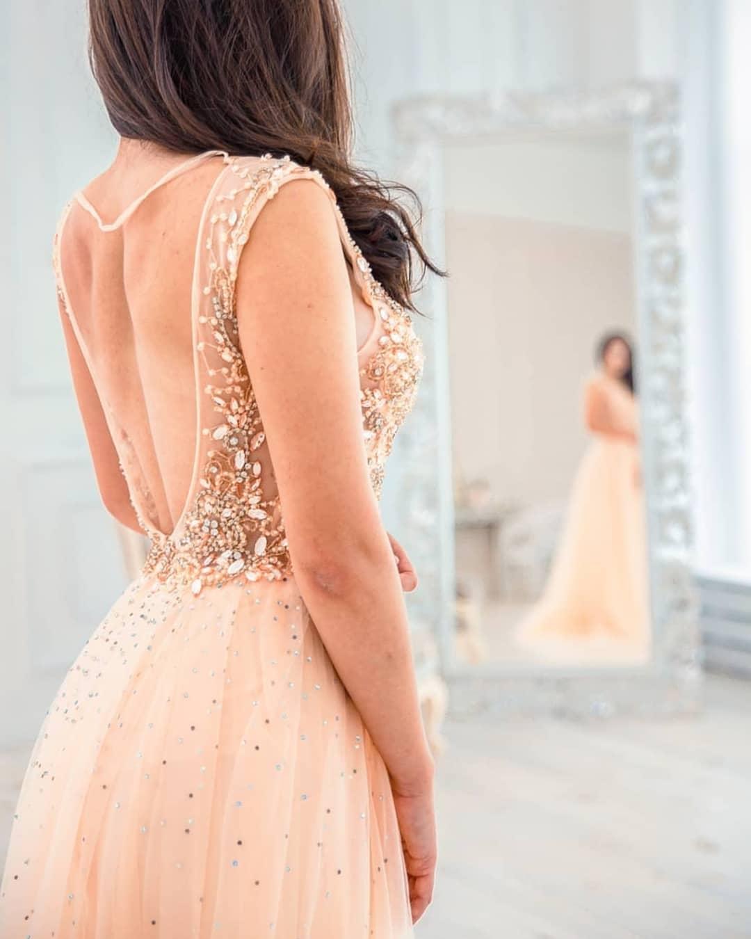 картинка Вечернее платье с бисером и стразами AV103090 интернет бутик Avolet.ru