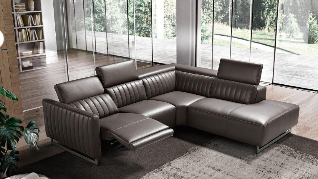 Угловой диван-реклайнерRiga Max Divani