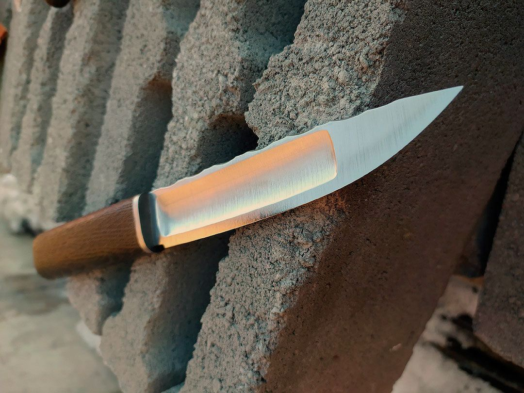 якутский нож с широким долом