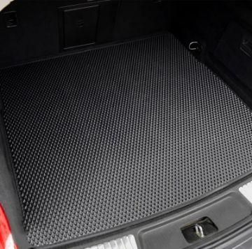Автомобильные коврики в багажник
