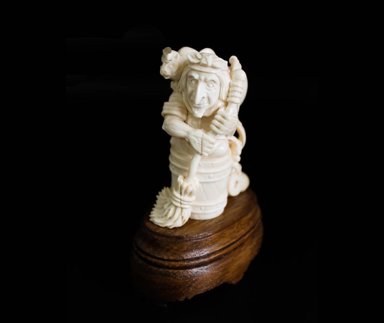 """фото Скульптура """"Баба Яга"""" - Хотьковская фабрика резных изделий"""