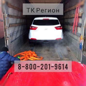 Машина в кузове грузовика