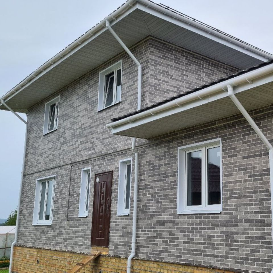 АМК на фасаде дома в ДНП Любашино Ярославский район