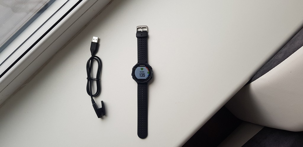 картинка Garmin Forerunner 235 sportinis laikrodis от магазина Одежда+